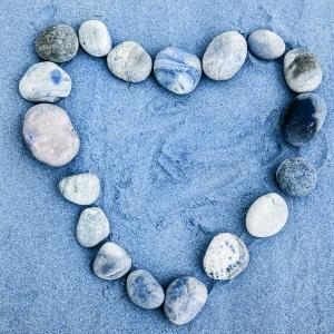 1391080_beach_heart
